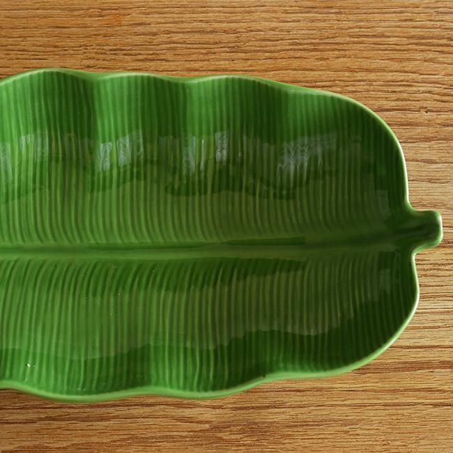 シンプルに暮らす。Summicron R 50mmで食器の遺影を撮る。